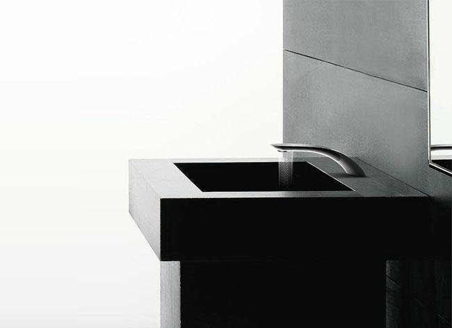simin qiu swirl mitigeur robinet economiseur eau 1 - Swirl, le Mitigeur Tactile qui Sculpte l'Eau en l'Economisant