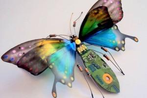 julie-alice-chappell-sculpture-insectes-composants-electronique-8