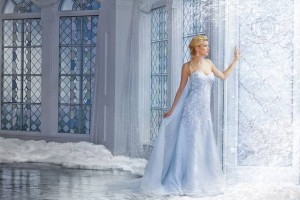 robes-mariees-femme-disney-alfred-angelo-3
