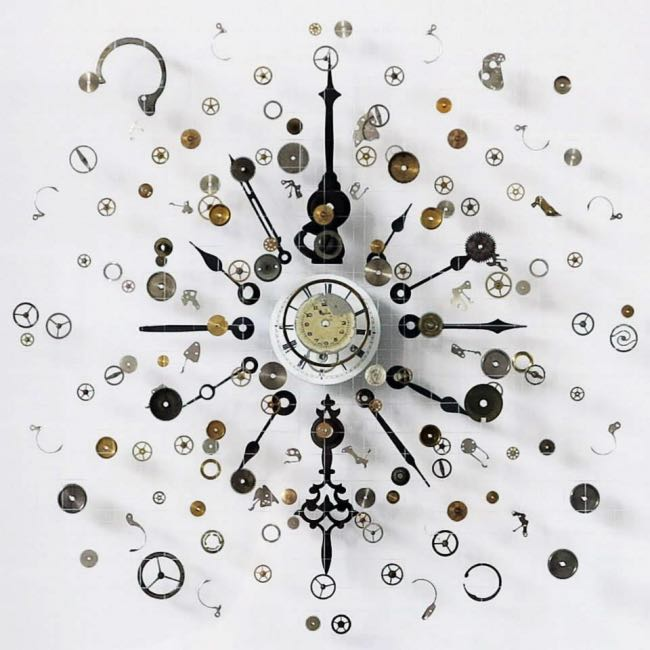 anna-masters-art-sculpture-horloge-suspension-0