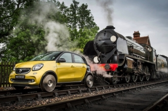 concept-voiture-train-smart-forrail-forfour-0