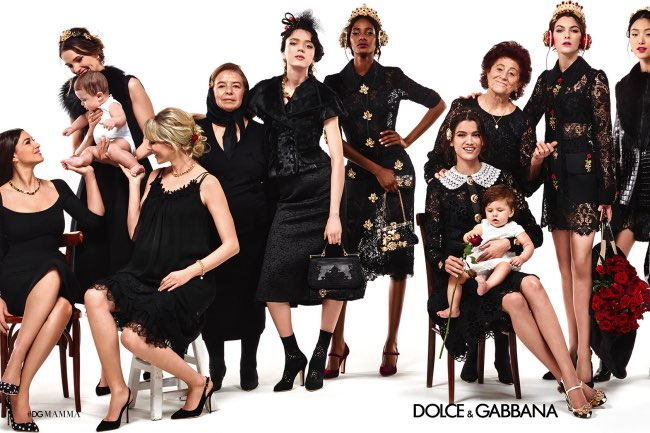 , L'Eloge de la Famille chez Dolce & Gabbana Femme Hiver 2015 2016