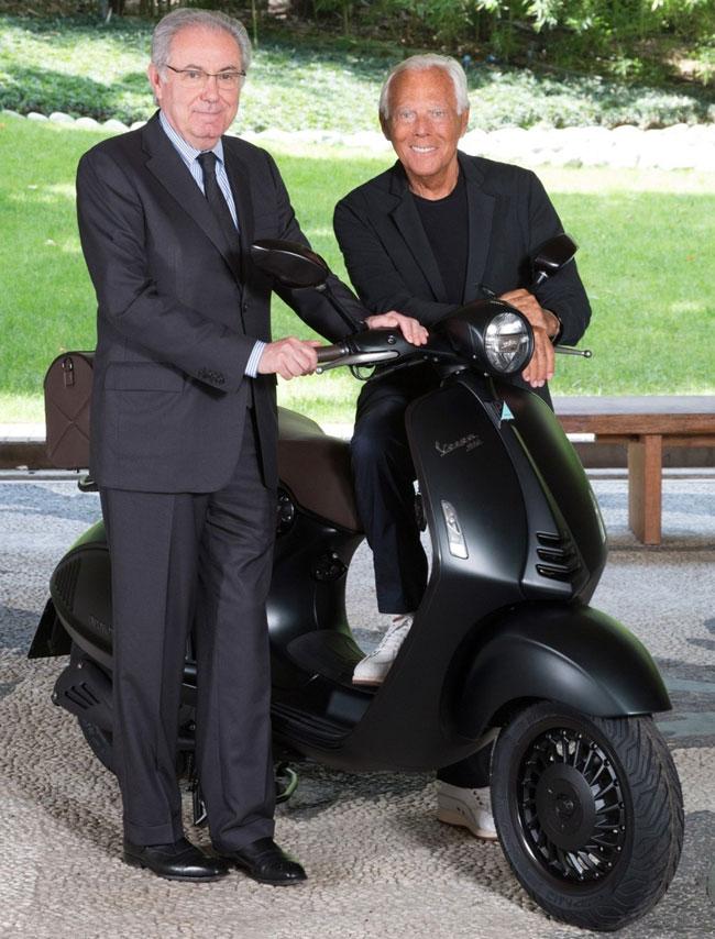 , Scooter Vespa Emporio Armani pour les 40 ans de la Maison (video)