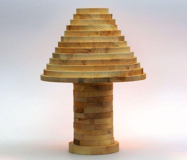 , Fabriquez cette Astucieuse Lampe Modulable en Bois (video)