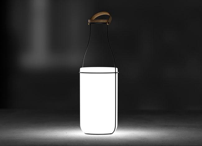 , MU, la Lampe Rétro bien Emballée dans une Bouteille de Lait
