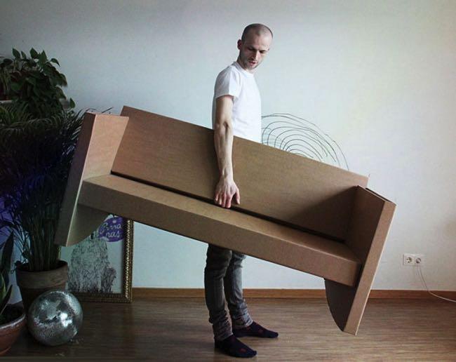, Paper Couch, le Canapé en Carton qui fait aussi Rocking-Chair