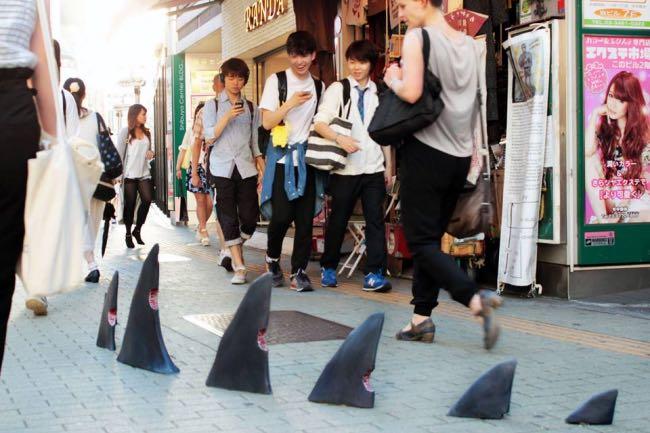 japon-pejac-street-art-pochoir-9