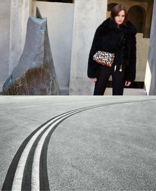 , Cet Hiver Louis Vuitton s'Offre un Periple de Barcelone à Miami