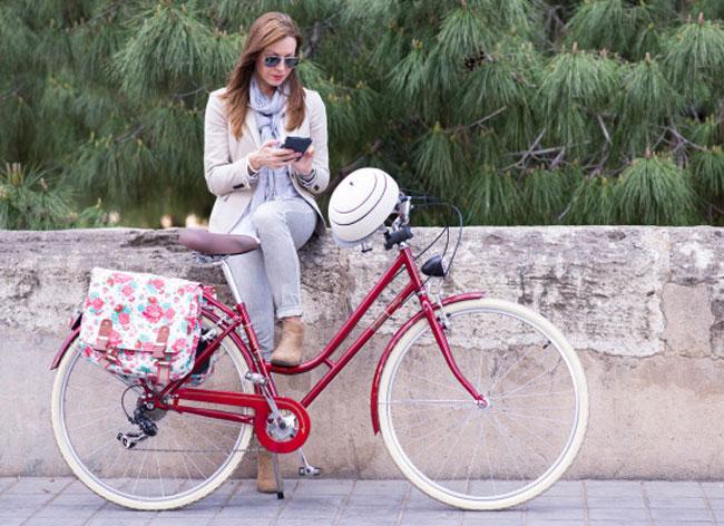 closca fuga casque velo design compact 5 - Ce Casque de Vélo Compact et Élégant ne va Plus vous Quitter (video)