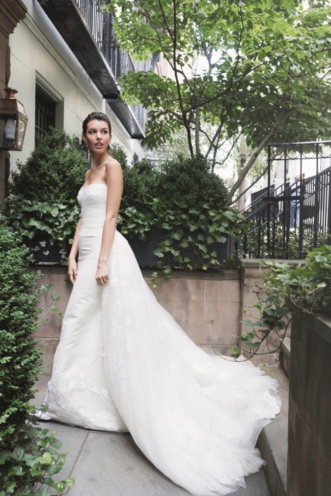 , Carolina Herrera une Mariée Belle comme une Fleur de Jasmin pour 2016