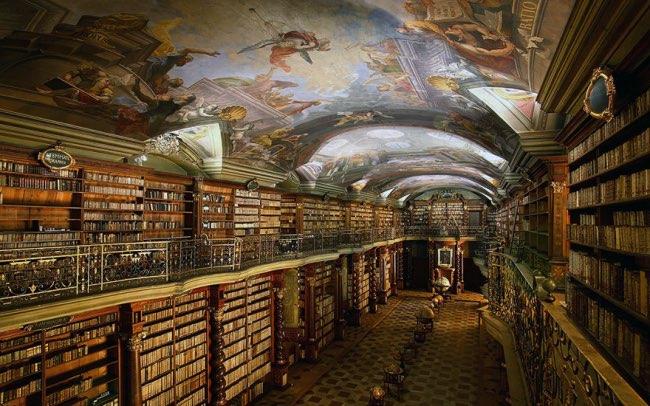 klementinum prague bibliotheque baroque 0 - Klementinum, la plus Baroque des Bibliothèques au Monde est à Prague