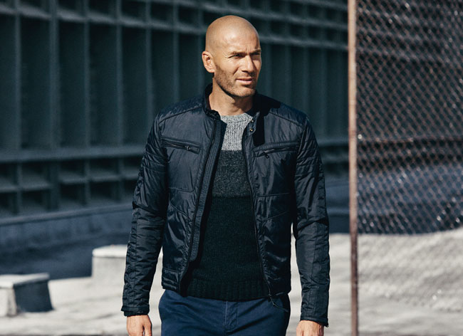 Zinédine Zidane au Top chez Mango Homme Hiver 2015 (video ... 6e4e91ea5918