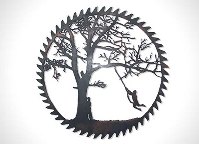 dan rawlings sculpture metal scies outils 7 - Délicates Silhouettes Sculptées sur des Outillages Agricoles