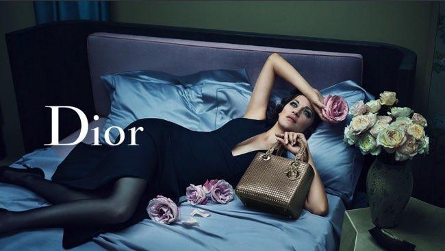 , Ambiance Boudoir pour la Lady Dior Marion Cotillard (video)