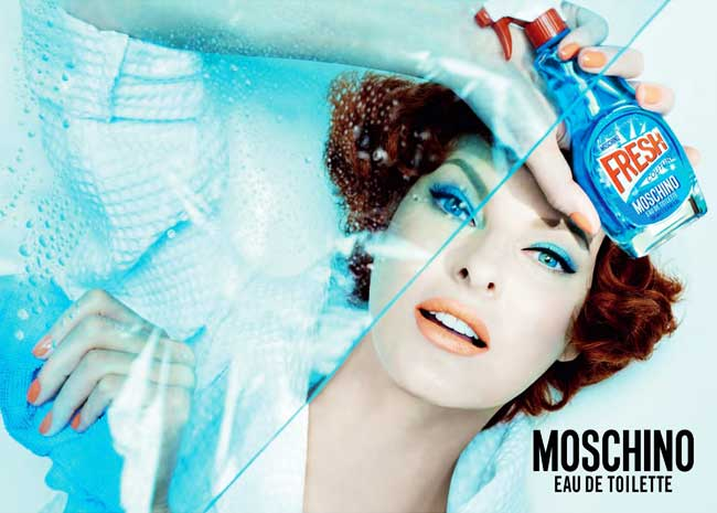 , Linda Evangelista fait le Ménage pour Moschino 'Fresh Couture'