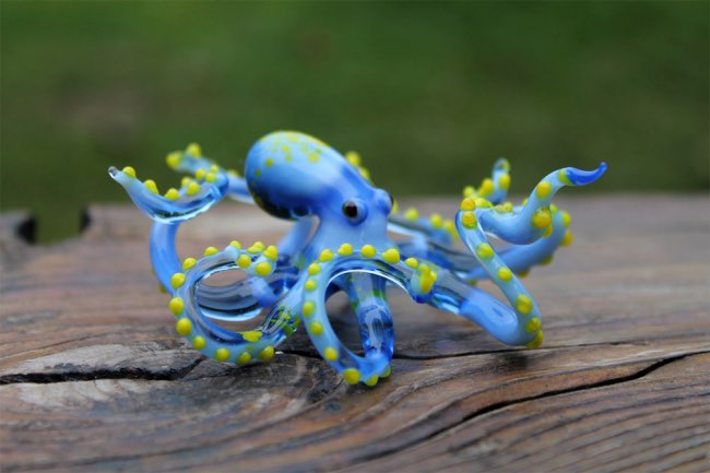 , Fascinantes Sculptures en Verre de Petits Animaux