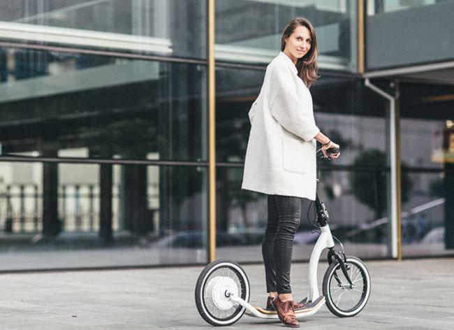 flykly smart ped trottinette electrique connectee 3 - Chic et Pratique la Trottinette Vélo Electrique (video)