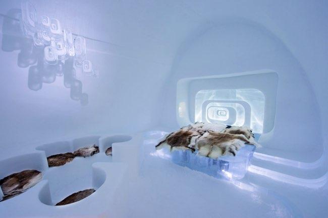 , Le Ice Hotel ouvre 19 Suites Glaciales Décorées par des Artistes