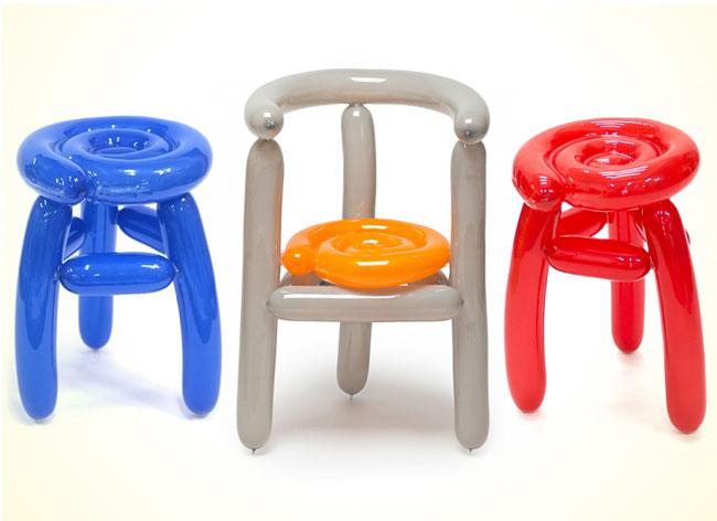 , Oserez-vous vous Asseoir sur ces Chaises en Ballons Gonflés ?!