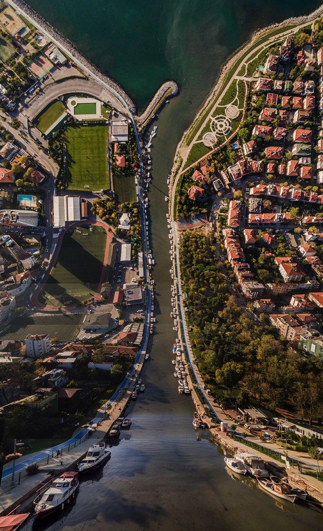 aydin buyuktas flatland paysages impossibles 4 - La Megapole d'Istanbul dans une Mise en Images Renversante