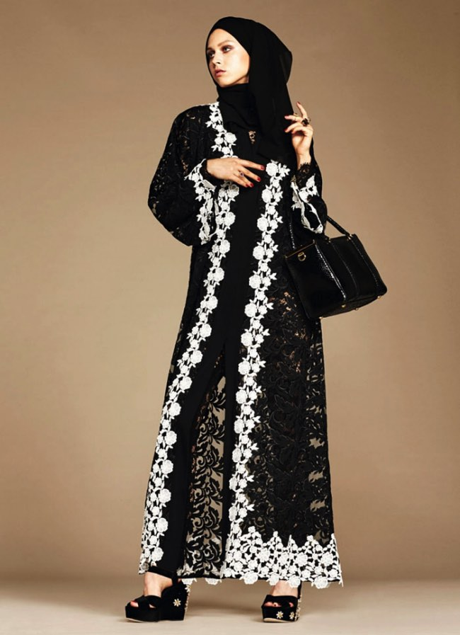 hijabs haute couture dolce gabbana 1 - Hijabs et Abayas Haute Couture Dolce & Gabbana