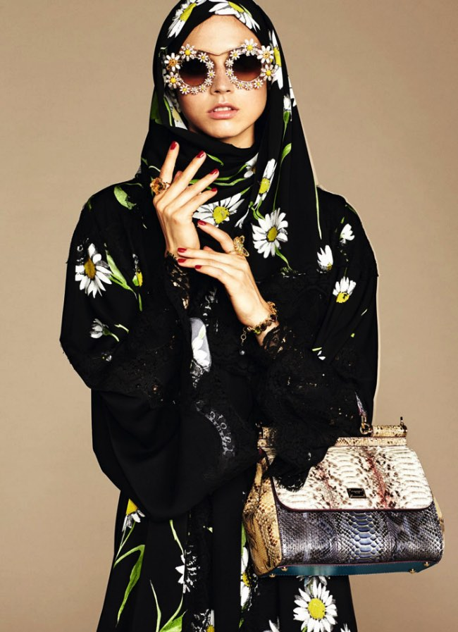 hijabs haute couture dolce gabbana 10 - Hijabs et Abayas Haute Couture Dolce & Gabbana