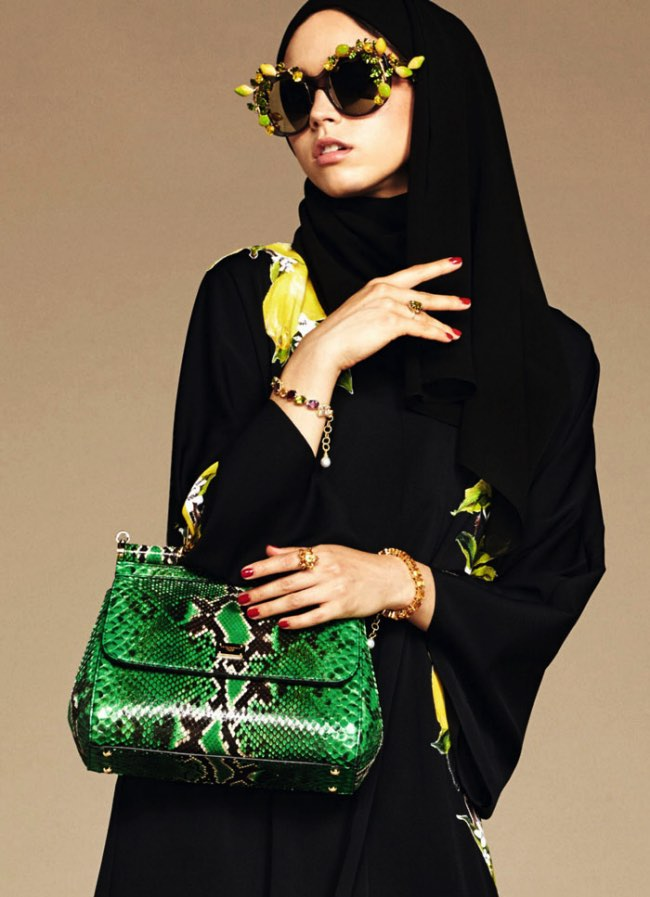 hijabs haute couture dolce gabbana 11 - Hijabs et Abayas Haute Couture Dolce & Gabbana