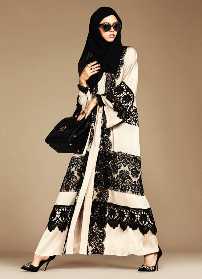 hijabs haute couture dolce gabbana 2 - Hijabs et Abayas Haute Couture Dolce & Gabbana