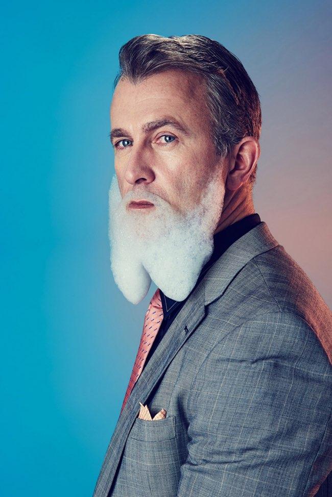 mindo cikanavicius bubbleissimo barbe savon postiche 3 - Ils se Font Mousser une Barbe pour Ressembler aux Hipsters