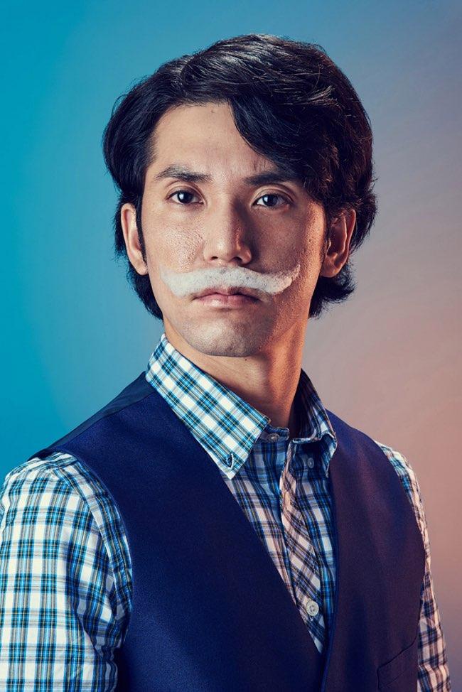 mindo cikanavicius bubbleissimo barbe savon postiche 7 - Ils se Font Mousser une Barbe pour Ressembler aux Hipsters