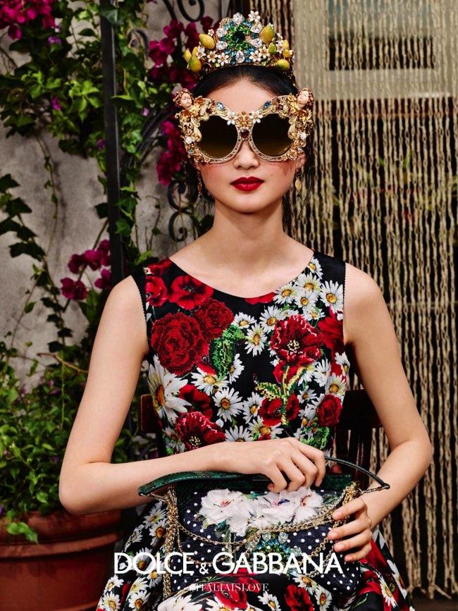 , Solaires XXL en Fleurs pour Dolce & Gabbana Ete 2016