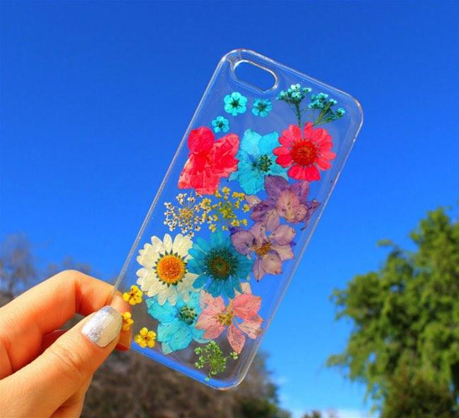 , Cette Coque Offre à votre iPhone un Vrai Bouquet de Printemps