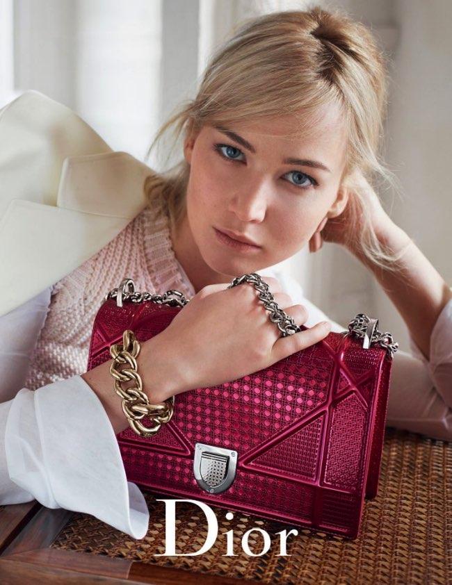 , Les Sacs Dior Ete 2016 sont entre les Mains de Jennifer Lawrence
