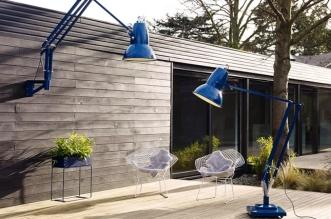 lampe geante anglepoise exterieur interieur lampadaire 4 331x219 - Mettez une Lampe Anglepoise Géante dans le Jardin