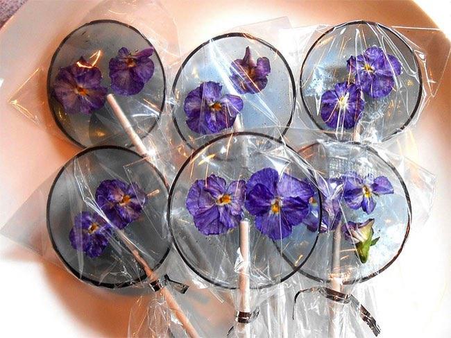 , Vous Allez Adorer ces Sucettes Faites avec de Vraies Fleurs
