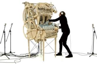 wintergatan martin molin orgue macanique billes metaliques 0 331x219 - L'Orgue à Billes Métalliques Révèle son Fascinant Mécanisme (video)