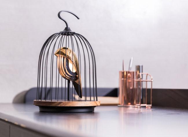 jingoo lampe connectee bluetooth oiseau cage 1 - Cet Oiseau en Cage est une Lampe Connectée avec Enceinte (video)