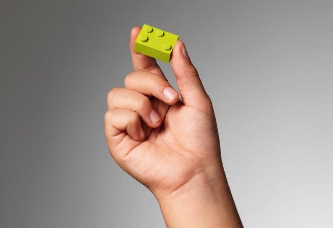 braille bricks lego apprentissage 6 - Briques Braille pour Apprendre aux Enfants Aveugles à Lire (video)