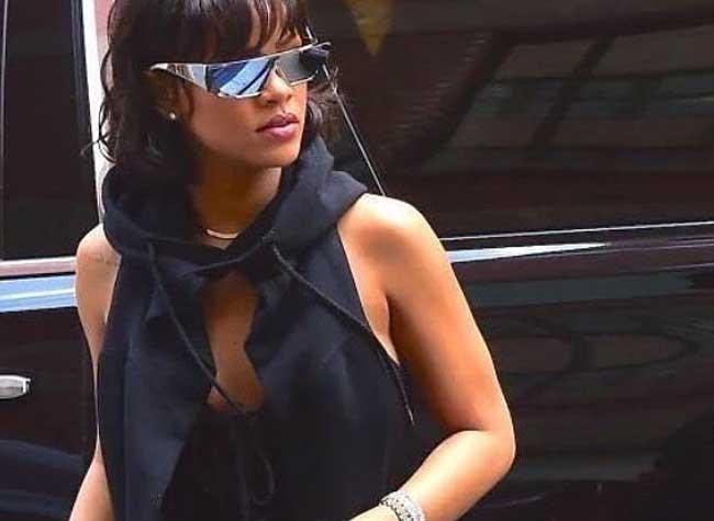 , Rihanna Imagine pour Dior des Lunettes de Soleil Futuristes