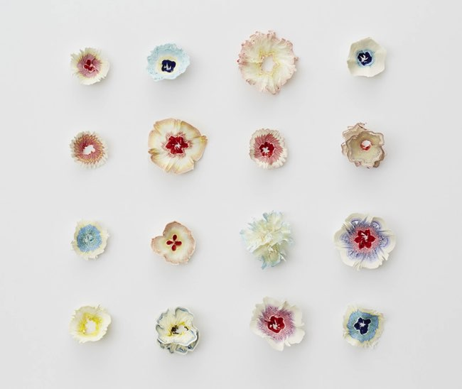 , Ces Aériennes Fleurs de Papier sont en Copeaux de Crayons