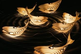 eduard golikov baleine sculpture lampe 5 331x219 - Cette Aérienne Lampe Baleine Diffuse une Lumière Douce