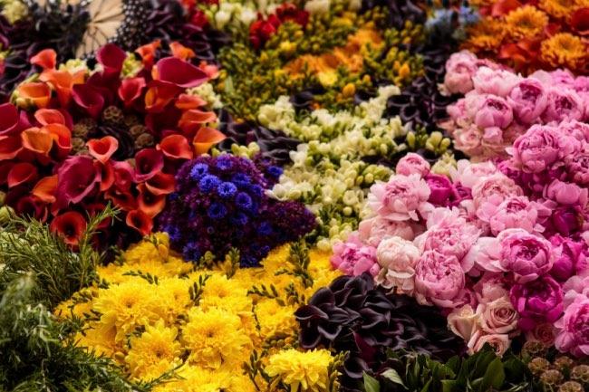 , 26500 Fleurs pour une Peinture Géante à la London National Gallery