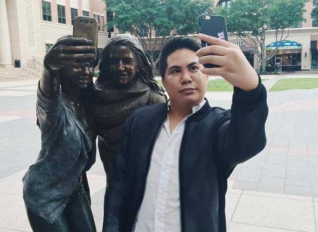 , Sugar Land au Texas Erige une Statue à la Gloire des Selfies