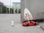 slinkachu-dubai-walls-installations-miniatures-street-art-9
