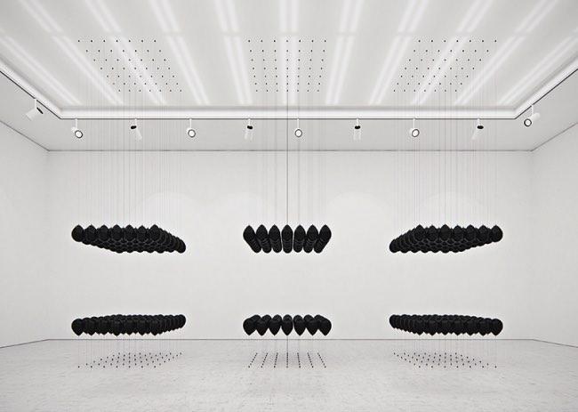 tadao cern black balloons installation ballons art 7 - Artistique Installation de Ballons Gonflés à l'Hexafluorure de Soufre