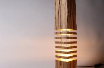 split grain paul foeckler lampe sculpture bois led 3 331x219 - Ce Tronc d'Arbre Illumine les Intérieurs par son Design Tranché