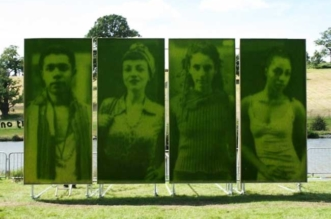 ackroyd-harvey-portraits-gazon-herbe-photo-4