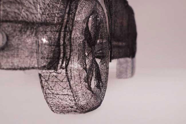 , Avec un Stylo 3D, Elle sculpte la Nissan Qashqai Grandeur Nature