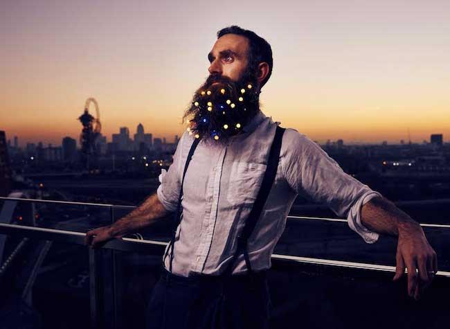 , A Londres les Hipsters se Font Enguirlander pour Noel