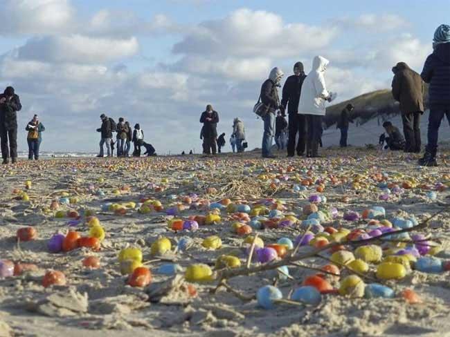 , La Chasse aux Oeufs de Pâques Avant l'Heure pour les Enfants de cette Ile